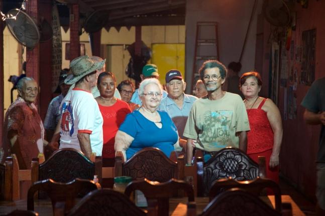 Club del adulto mayor en San Juan del Sur, actuando en una de sus escenas