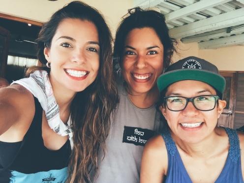 Con el equipo femenino en Maderas Village